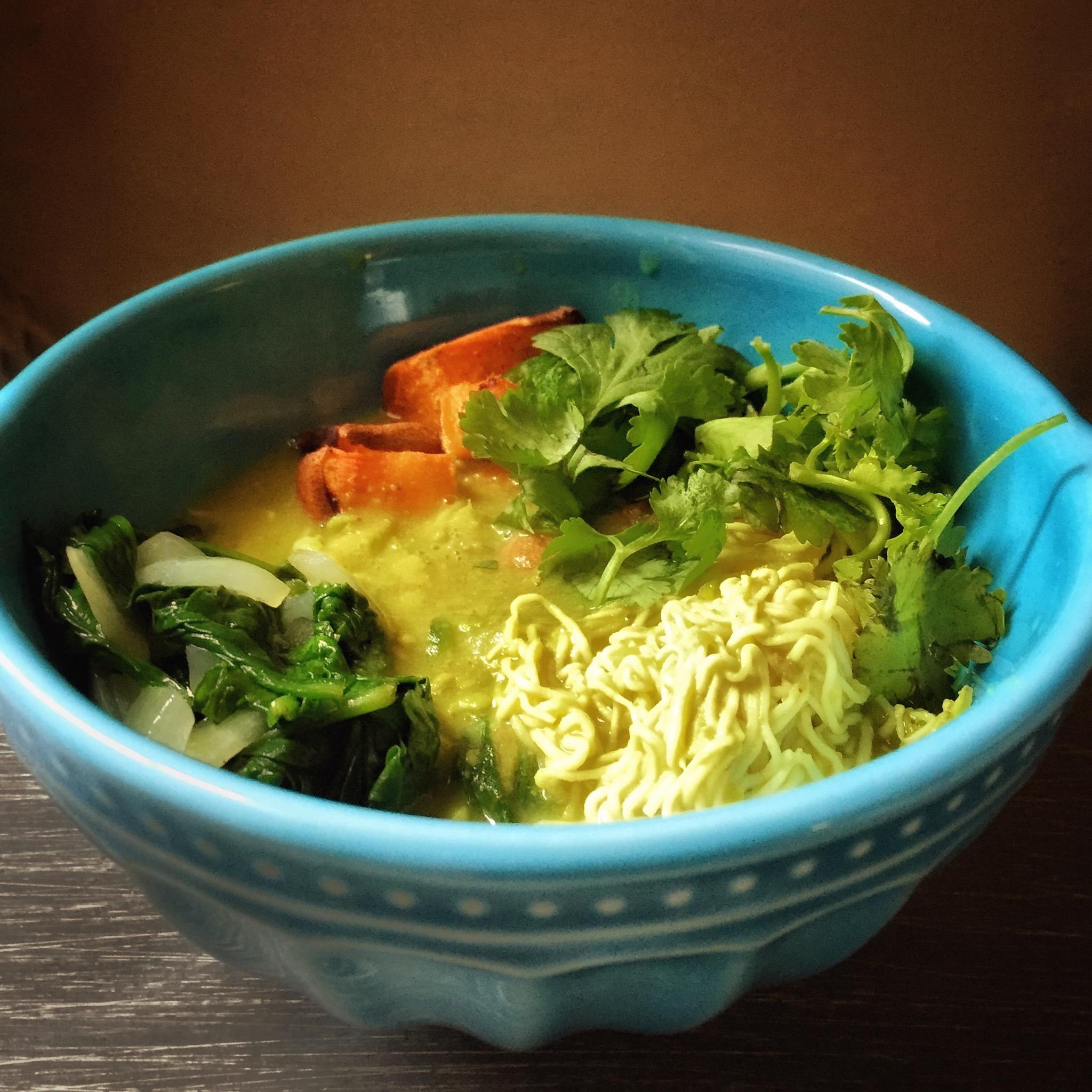 avocado-noodle-bowl